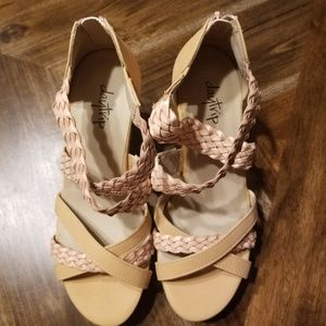 Daytrip sandals from Buckle